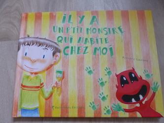 Il y a un p'tit monstre qui habite chez moi - Balivernes - Les lectures de Liyah